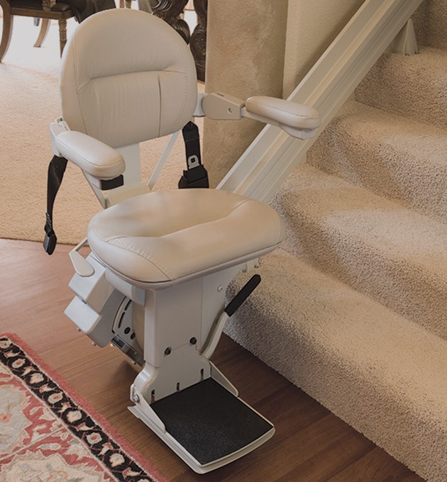 Straight Rail Stairlifts in Des Moines