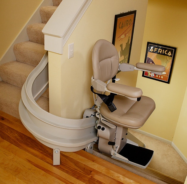 Curved Rail Stairlifts in Des Moines