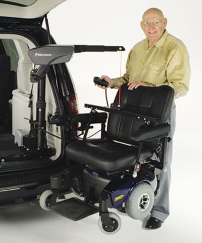 scooter and wheelchair van lifts Indianapolis